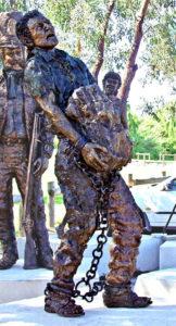 """Convict Memorial"" Cast bronze figures, 1 1/2 life size, Echo Point, NSW"