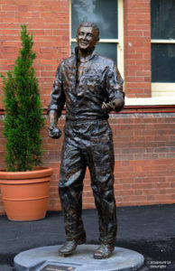 """""""Richie Benaud"""" Bronze sculpture 1 1/4 life size, 400kgs. Unveiled 4th January, 2008 at the Sydney Cricket Ground as part of the """"Basil Sellers Sports Sculpture Project"""""""