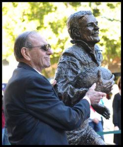 """""""Reg Gasnier Sculpture"""" Reg Gasnier with his likeness"""